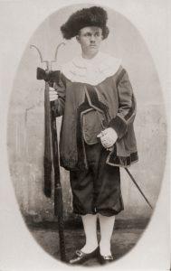 Friedrich Berg I als Leichenträger in Hamburg, um 1890